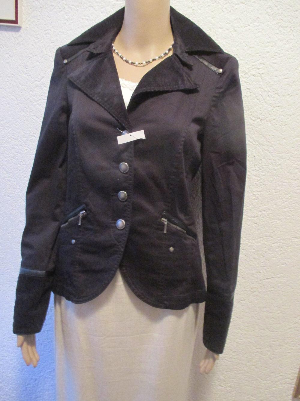 NEU mit ETIKETT Military Style Peplum Schößchen Anzug Kostüm Blazer 'BIBA by ESCADA' Gr. 34 36 XS S schwarz Gothic