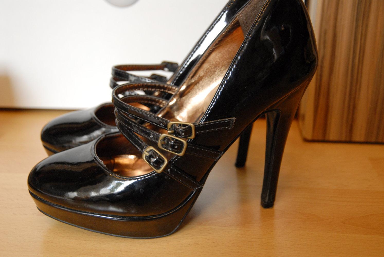 atmosphere high heels riemchen schwarz lack. Black Bedroom Furniture Sets. Home Design Ideas