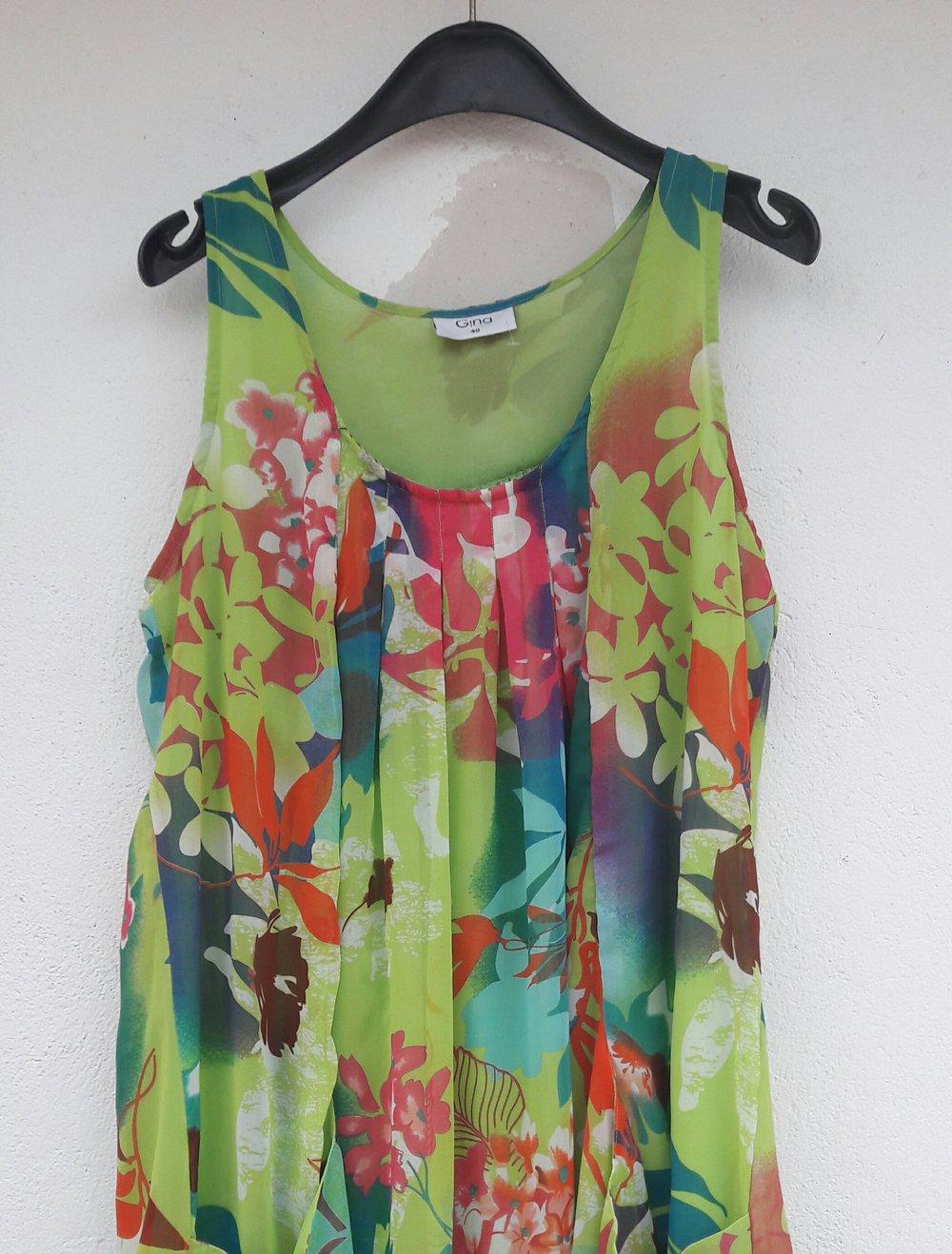 2019 echt Sonderteil Werksverkauf luftiges duftiges Hänger-Kleid in A-Form