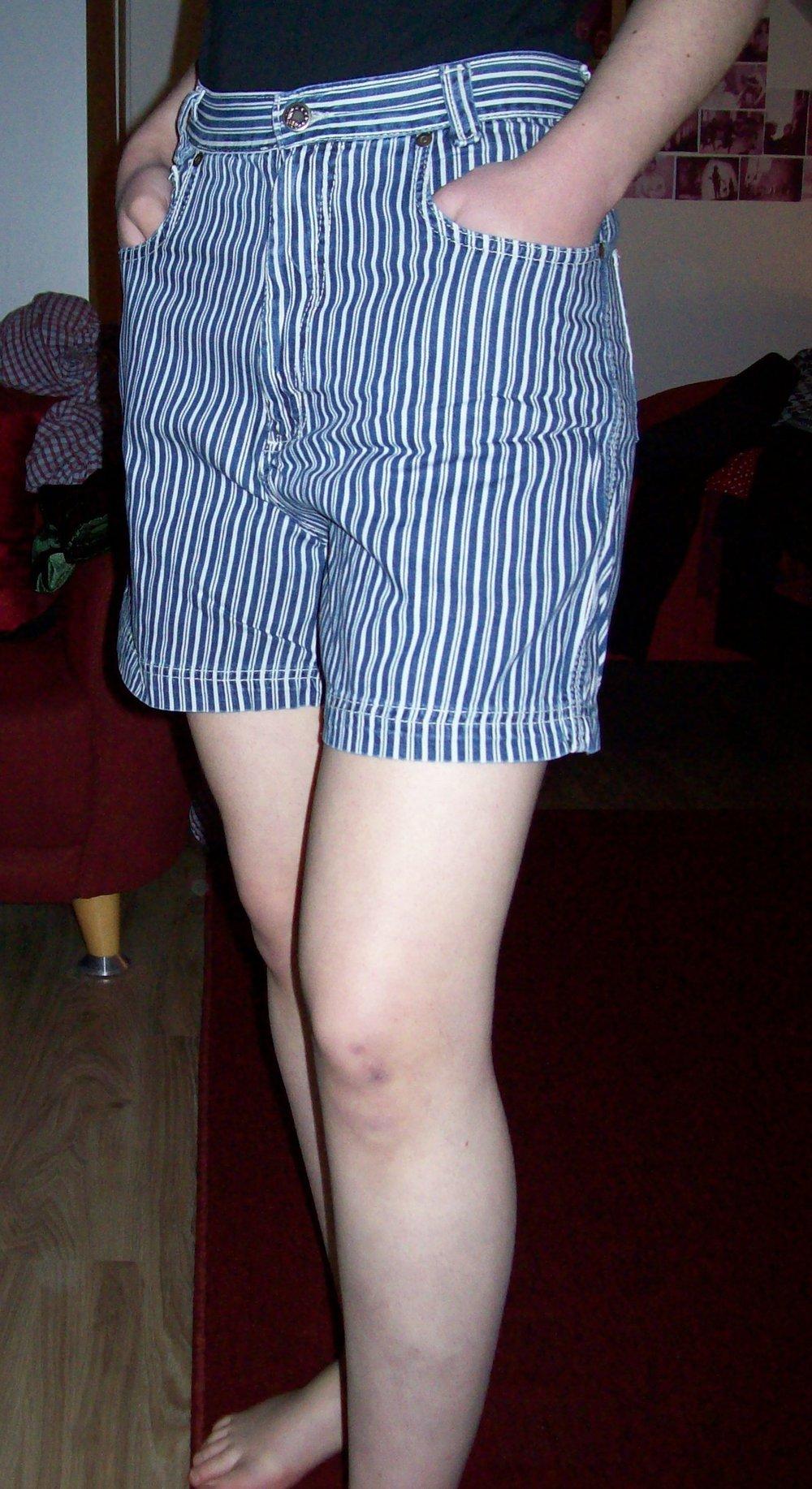 blau wei gestreifte high waist shorts kurze hose hotpansts jeans jeansshorts. Black Bedroom Furniture Sets. Home Design Ideas
