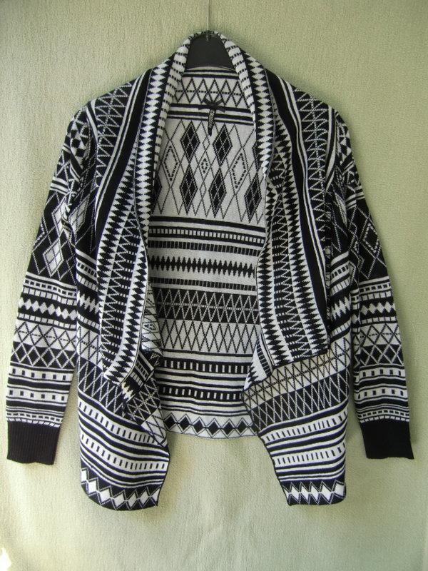 7dc4178f4cbb Offener Cardigan mit Ethno-Muster, schwarz-weiß, Gr. S