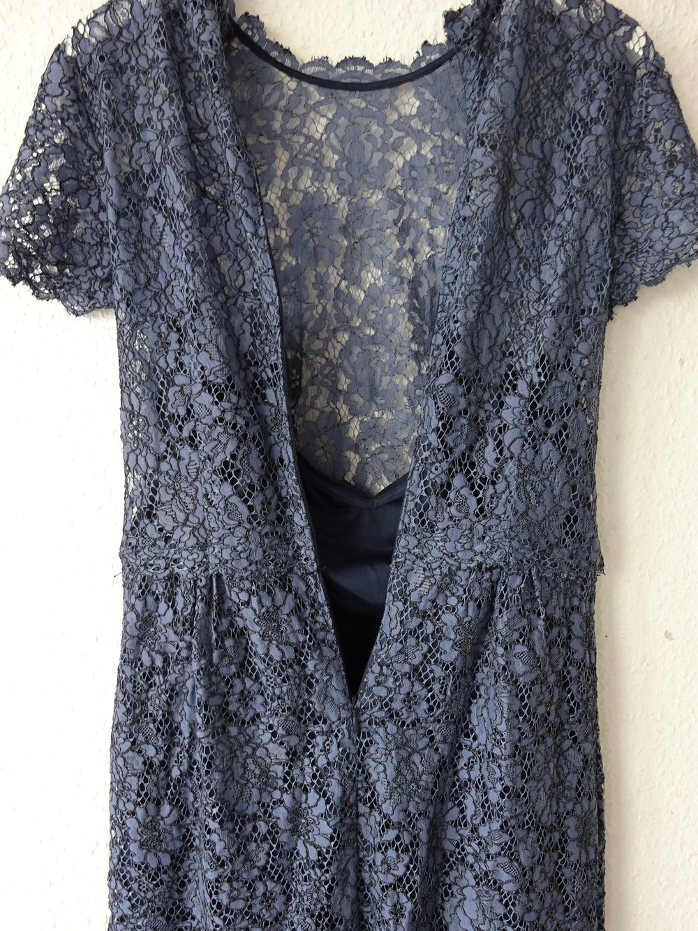 ... Bezauberndes elegantes blaues Spitzen Etuikleid von Esprit ... ebde16decd