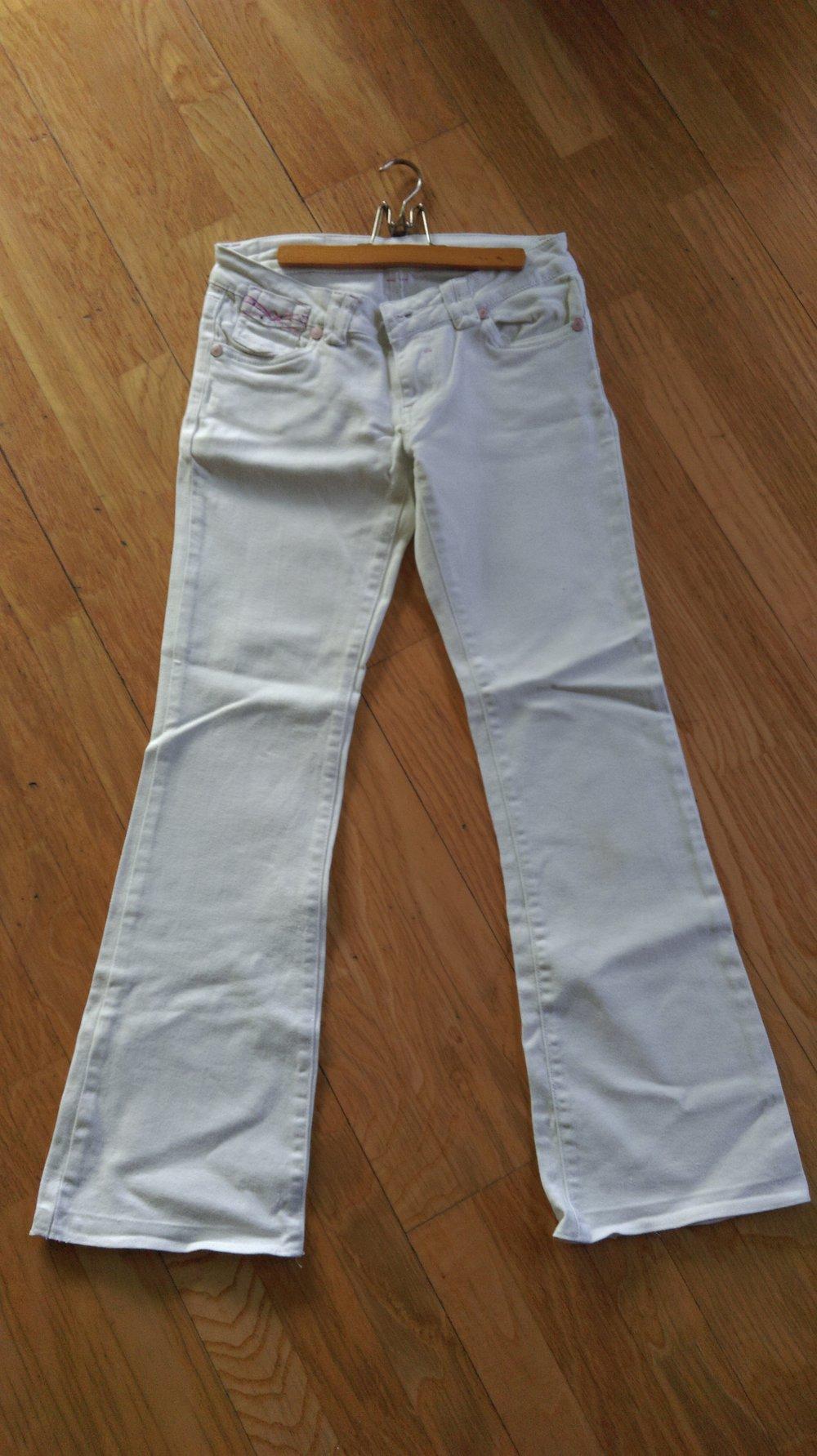 faf136c0d6076c miss vivi - weiße Jeans mit leichtem Schlag :: Kleiderkorb.de