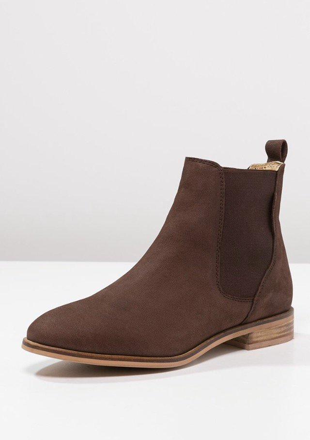 kiomi kiomi ankle boots braun. Black Bedroom Furniture Sets. Home Design Ideas