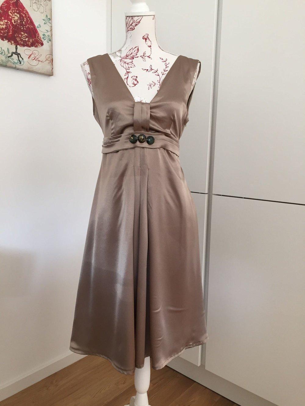 le group - Elegantes Kleid aus Italien bronzeton M :: Kleiderkorb.de