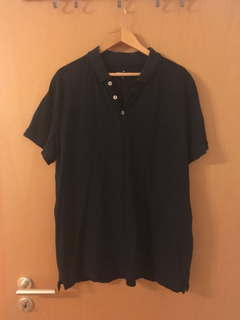 b02793f60c7ed0 C&A - Dunkelblaues Polo Shirt für Männer :: Kleiderkorb.de