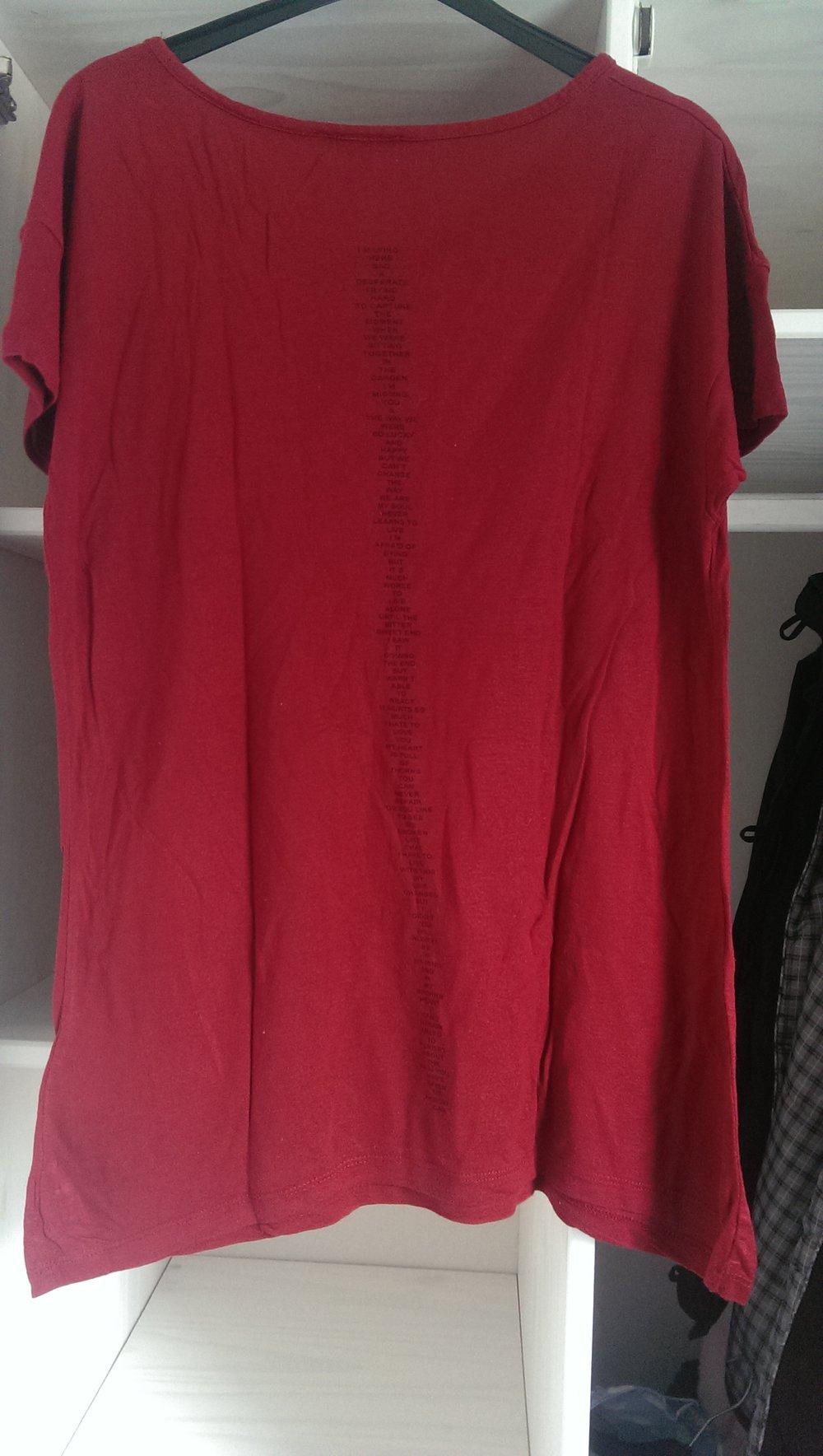 new yorker rotes rosen kreuz t shirt. Black Bedroom Furniture Sets. Home Design Ideas