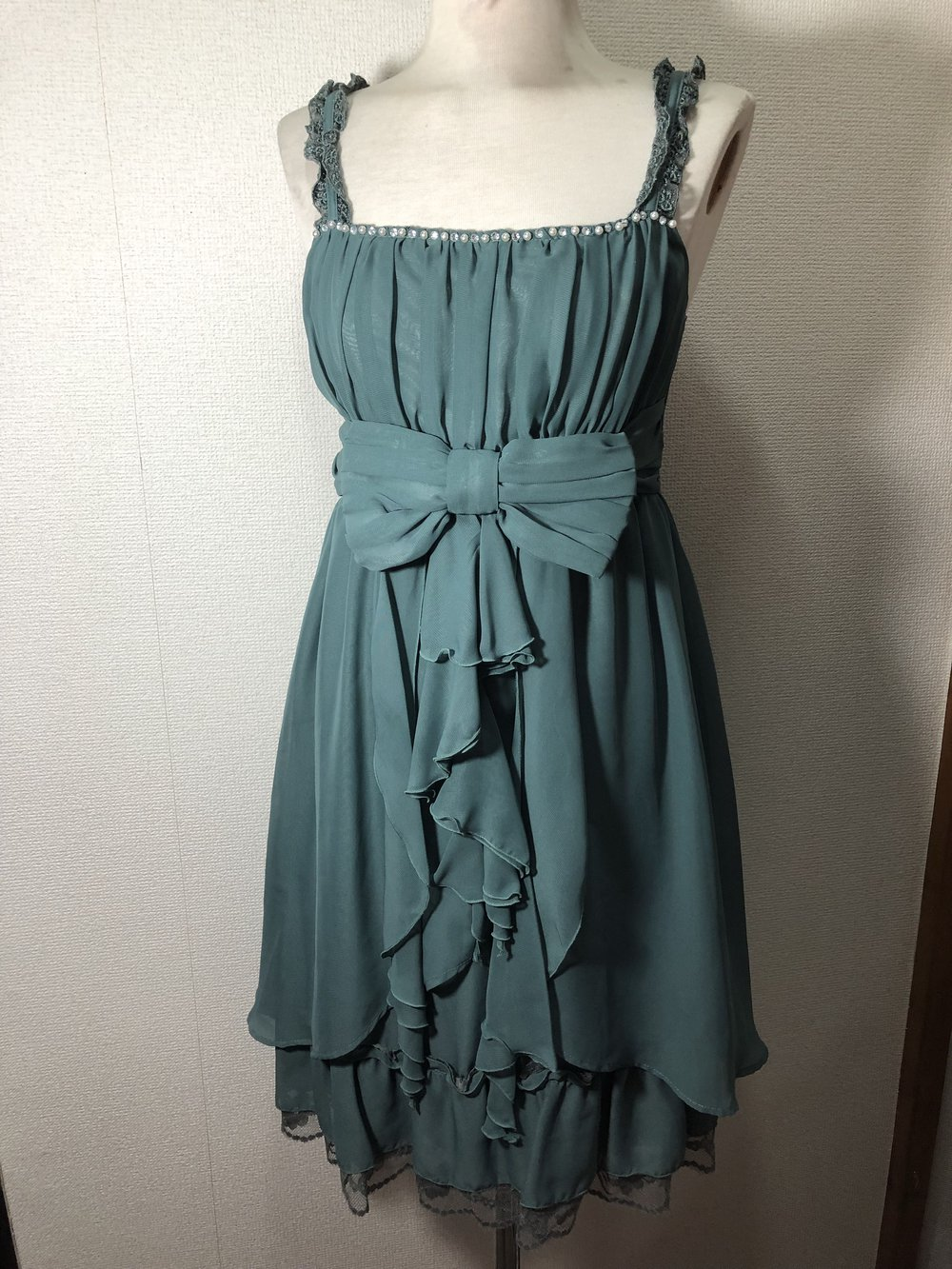 87a9a5ff288814 ... Axes Femme feenhaftes Chiffon Rüschen Kleid m. Schleife & spitze,  Japan, retro,