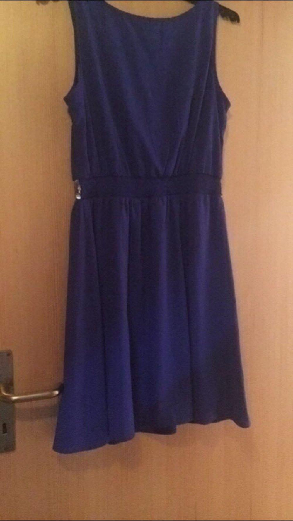 size 40 95264 90399 Schönes kurzes blaues Kleid