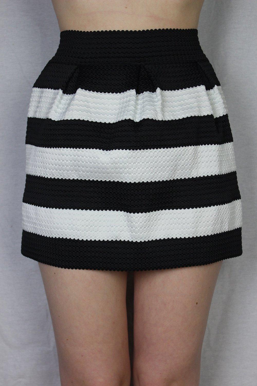 designer fashion 8678c ca856 kurzer rock schwarz weiß gestreift