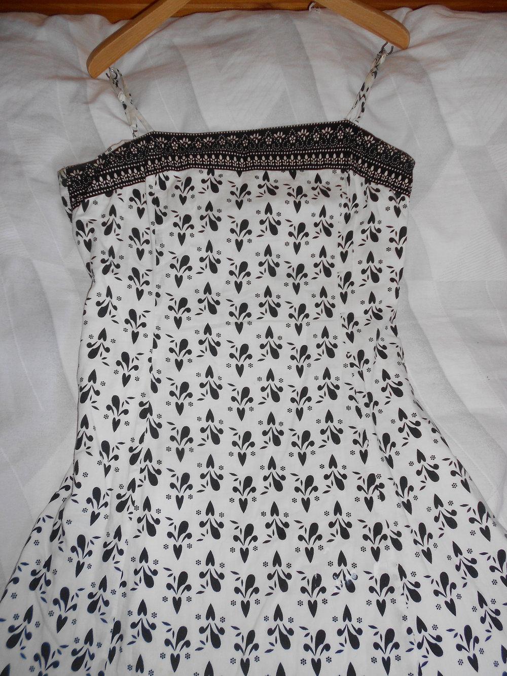 ... Vero Moda 38 Kleid Babydoll Trägerkleid A-Linie Muster Jugendstil Tüll  Glitzer Paisley Jugendstil schwarz . 7941533def