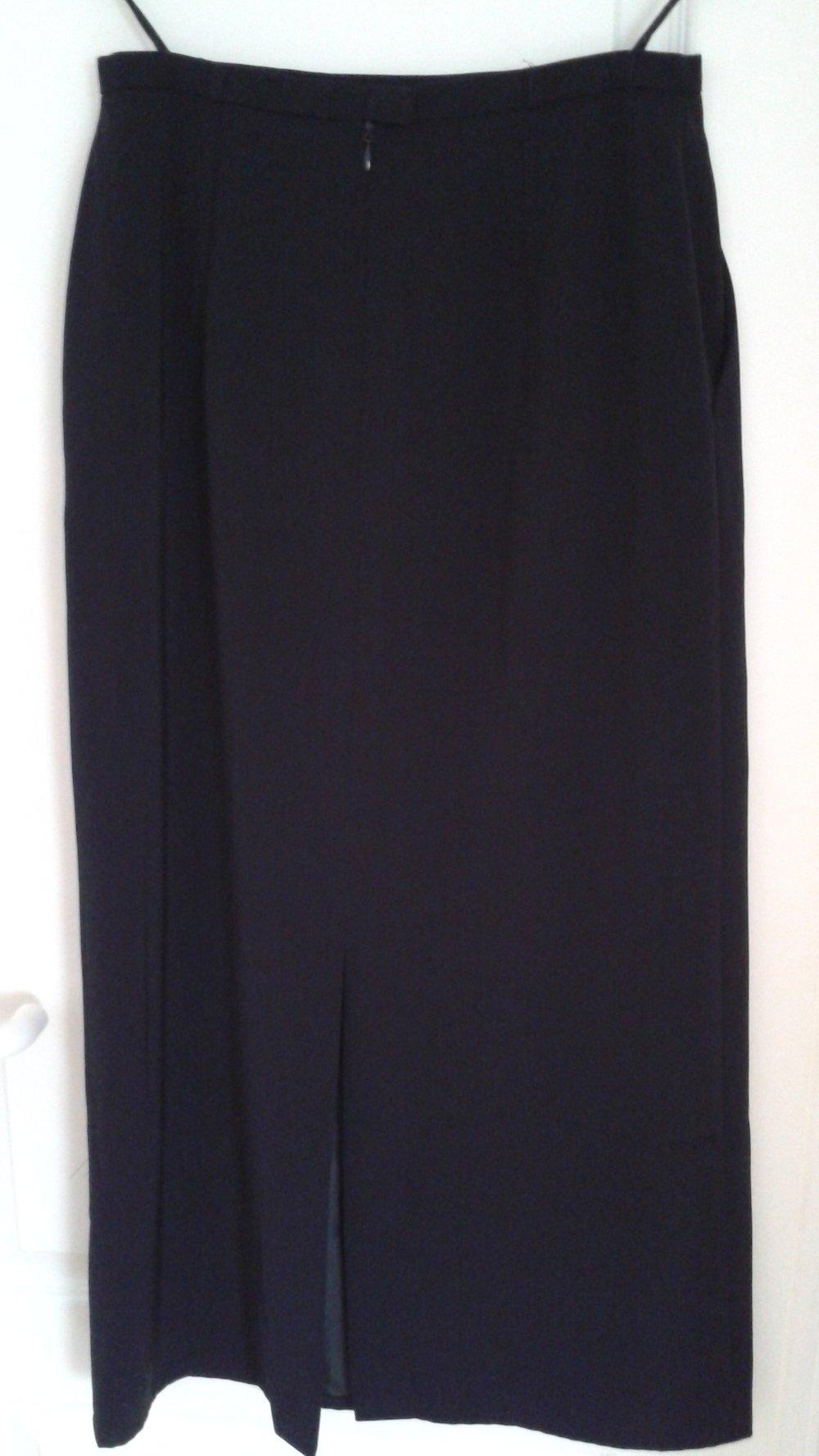 5e07621a0a96 langer Damenrock - 93 cm - schwarz - Fabiani - Gr. 38    Kleiderkorb.de