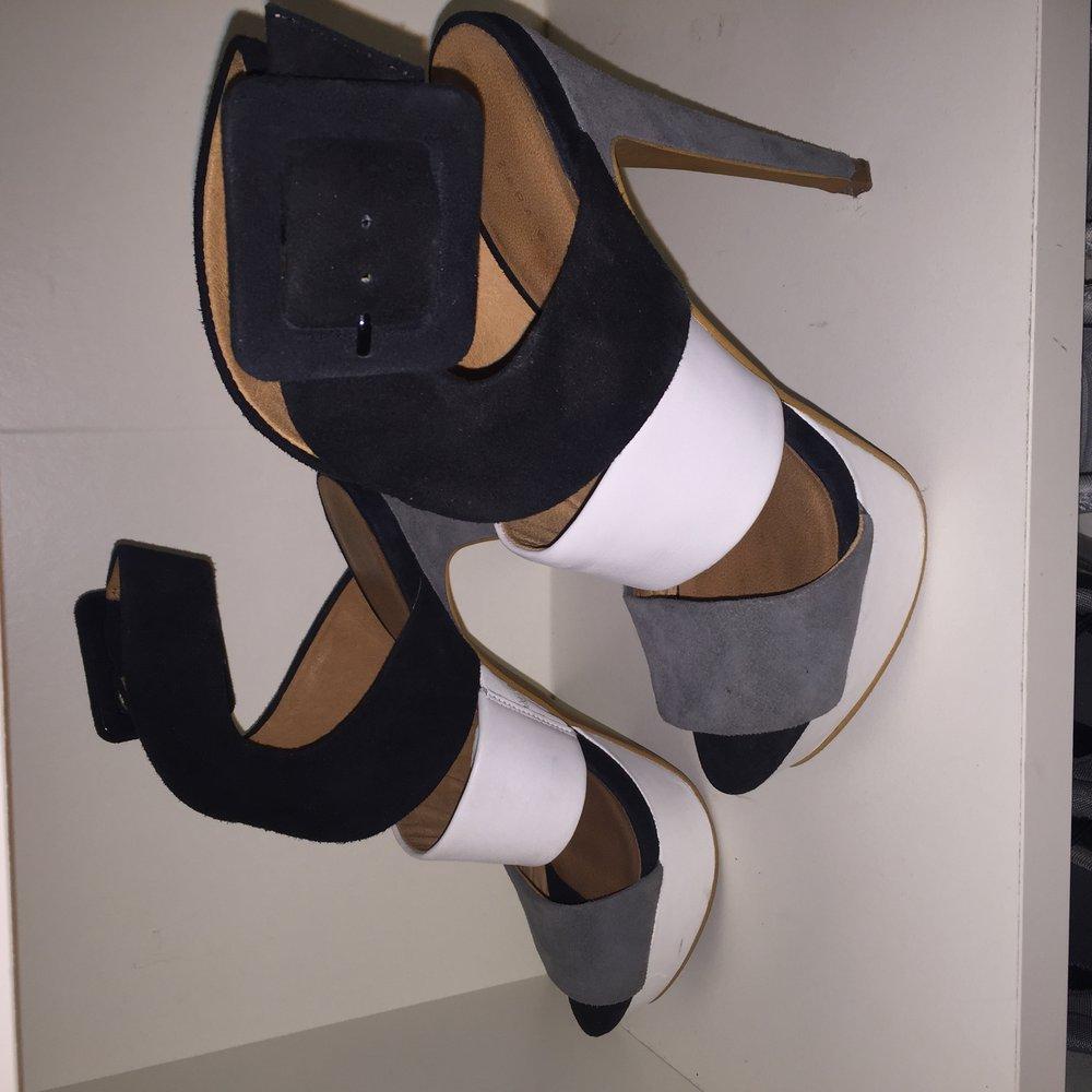 zara high heels. Black Bedroom Furniture Sets. Home Design Ideas