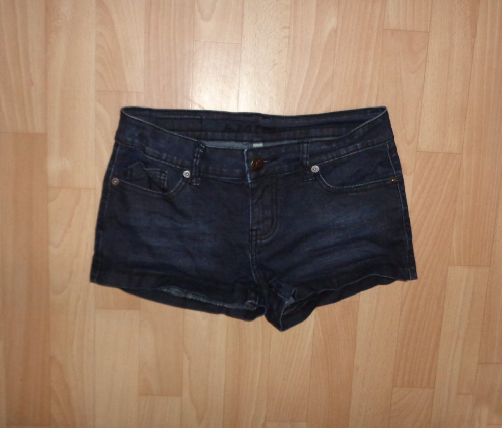 Amisu Jeans Hotpants Gr.S New Yorker Sommer Fashion Gothic Hardrock ... 4a61584662
