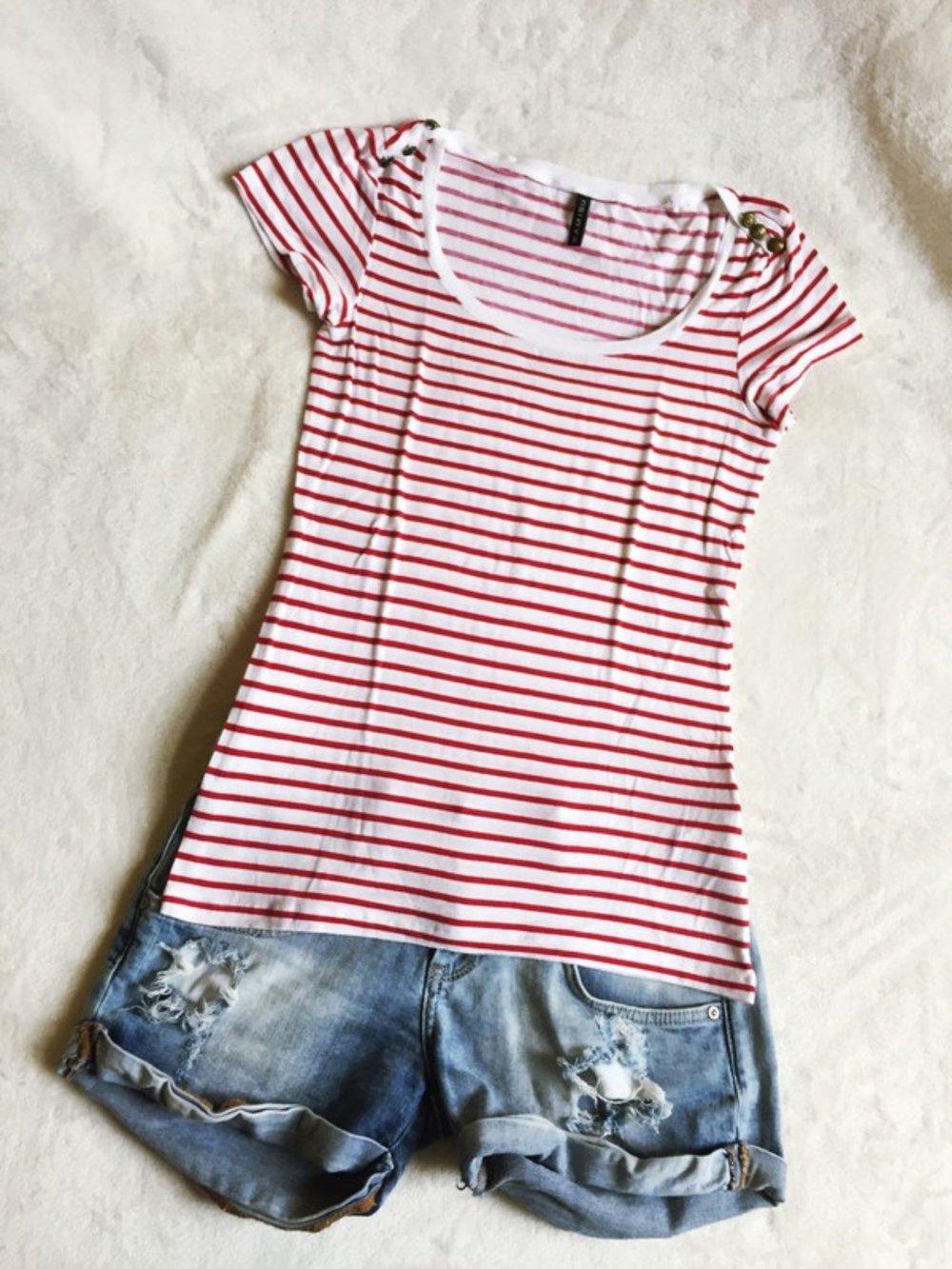 Amisu - Rot weiß gestreiftes Shirt mit goldenen Knöpfen ... 4570e8ce76