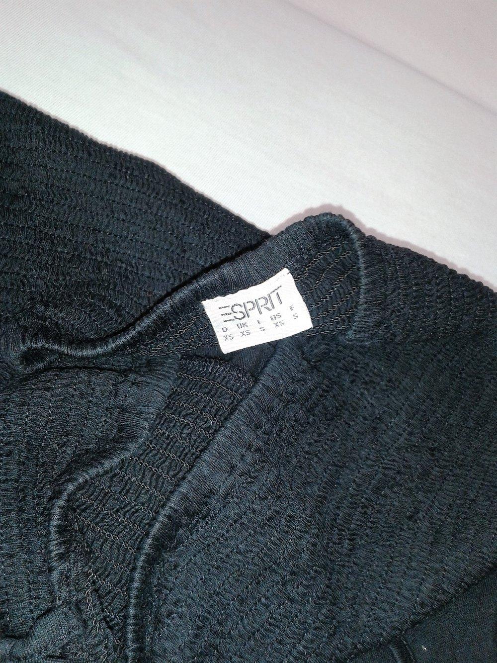 ... Schwarzes Kleid Knielang von Esprit Gr XS-S mit Stickerei am Bund ... e12be3d9dc