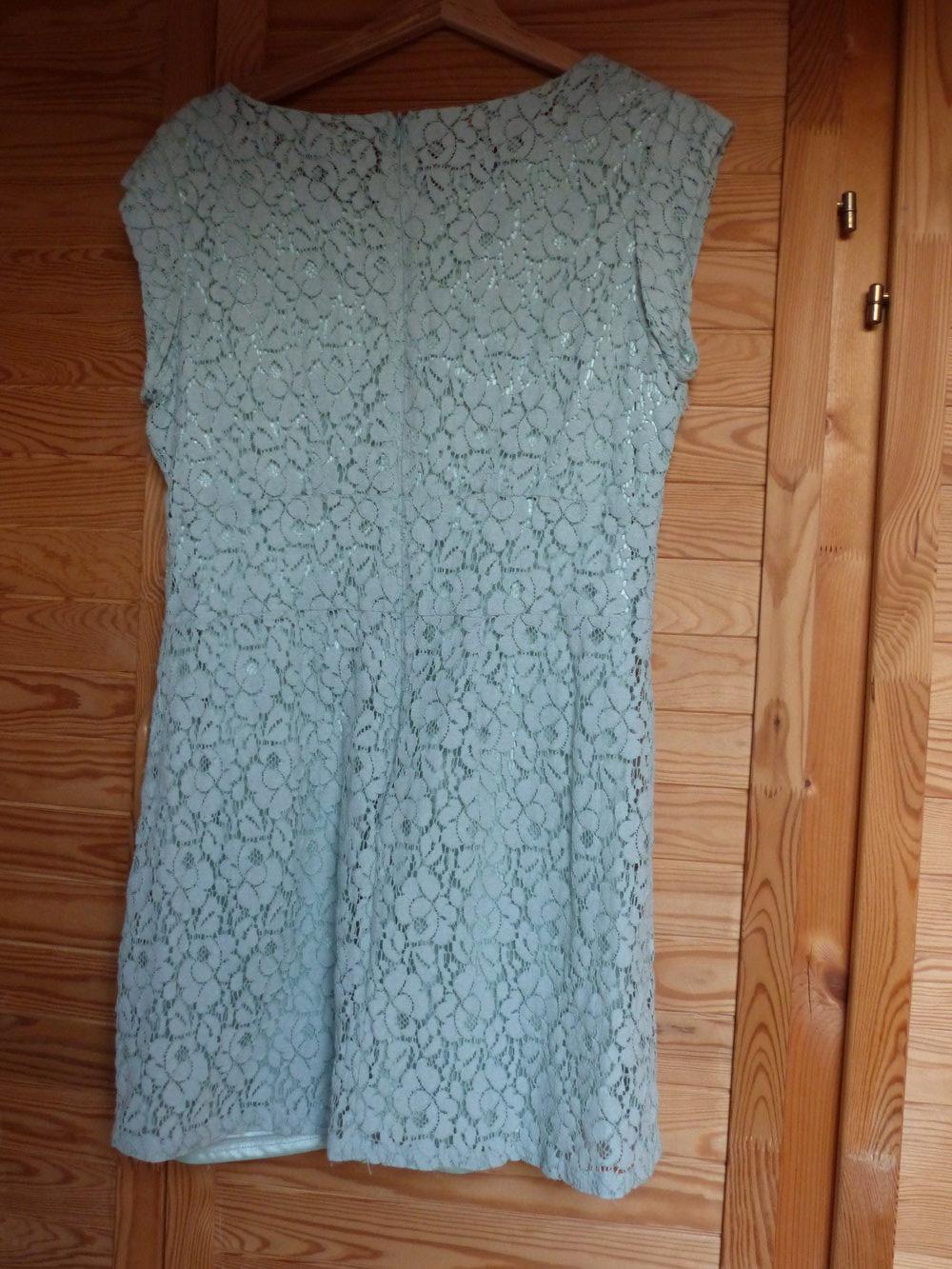 Schönes mintgrünes Kleid