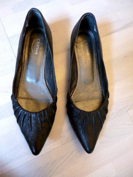 schicke schwarze spitze ballerinas flache pumps gr e. Black Bedroom Furniture Sets. Home Design Ideas