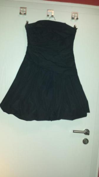 18d362a31538cd Swing - schwarzes Kleid :: Kleiderkorb.de