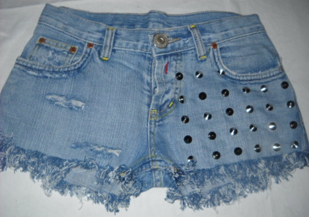 ... Reeplay Stachelnieten Nieten Hot Pants Shorts Studs kurze Hose blau  Jeans 34 36 XS S M destroyed ... 4b2c32f579