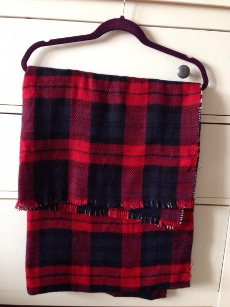 koton xxl schal zweiseitig karo rot schwarz blau kariert tartan zara. Black Bedroom Furniture Sets. Home Design Ideas
