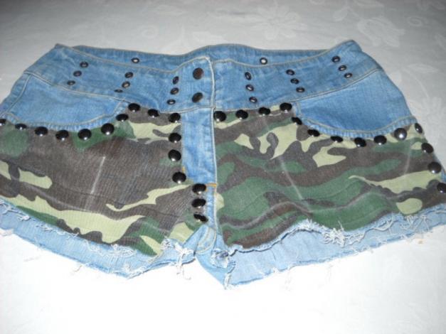 ... Nieten Camouflage Jeans Shorts Hot Pants kurze Hose blau Tarnfarben  Armee Army braun grün 36 38 ... 7ac0fef2a3