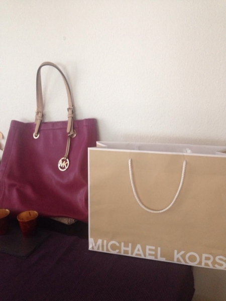 michael kors tasche bordeaux rot. Black Bedroom Furniture Sets. Home Design Ideas