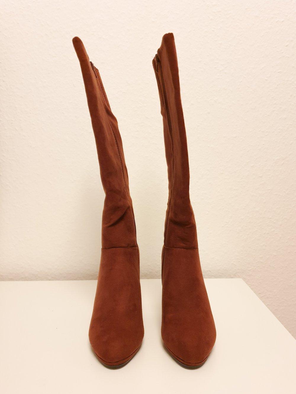 Braune Stiefel mit Absatz von Anna Field Gr. 36