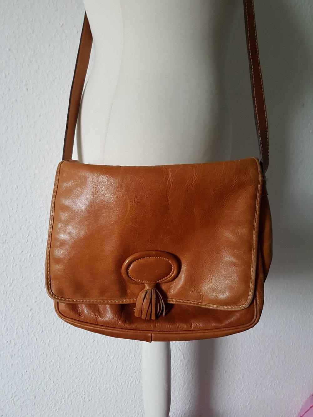 3cacc4efdee4a Braune Ledertasche vintage    Kleiderkorb.de