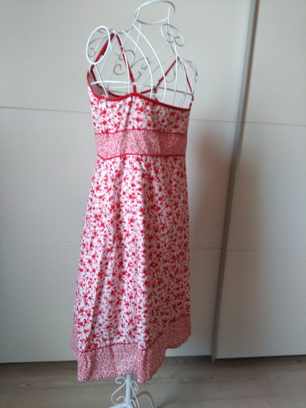 bb750621f11c2 Sommer Blumenmuster Schönes Orsay Kleid Mit CrdoBeWx