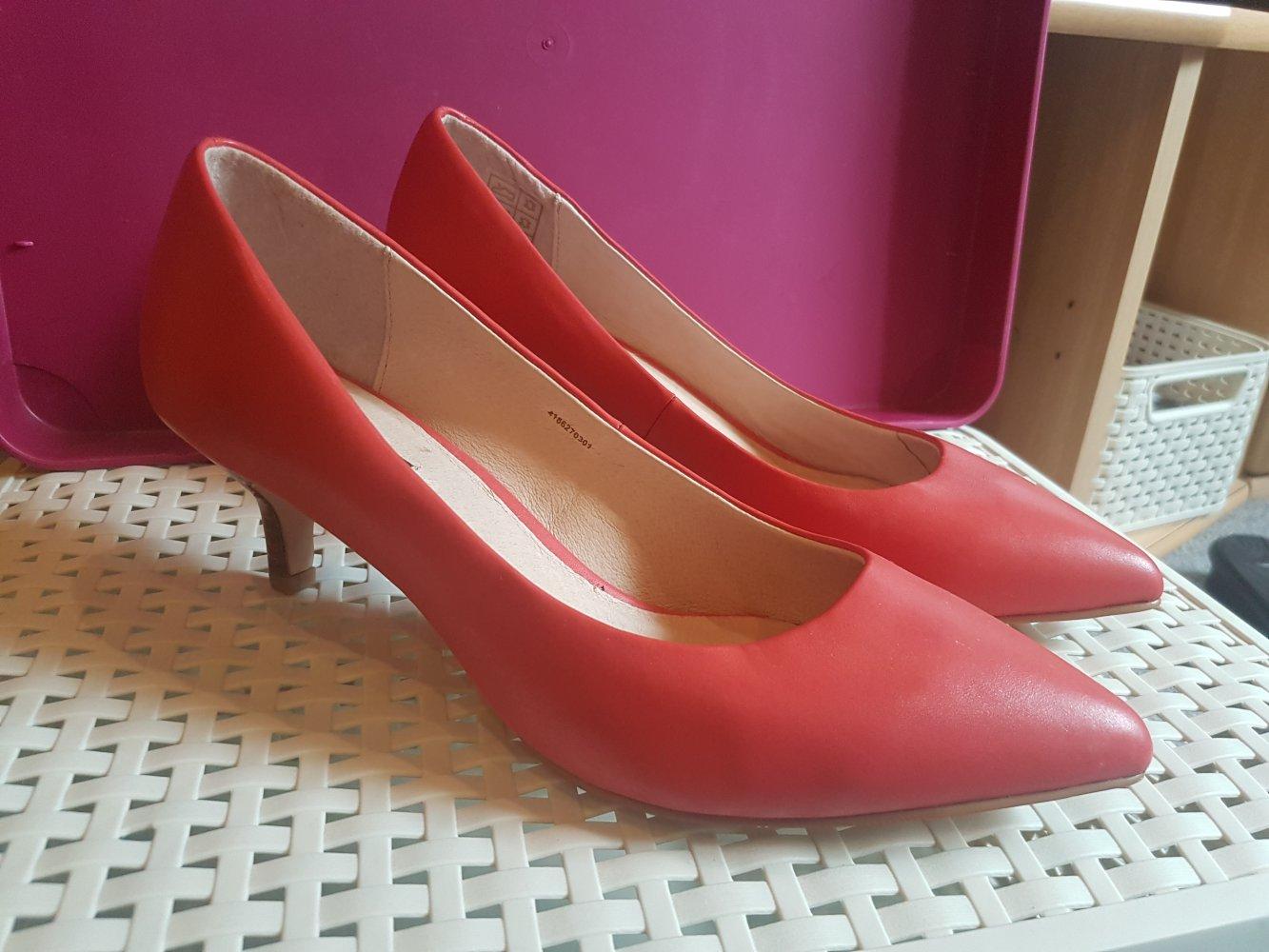 Biete Damen Schuhe Pumps Größe 39 schwarz pink top