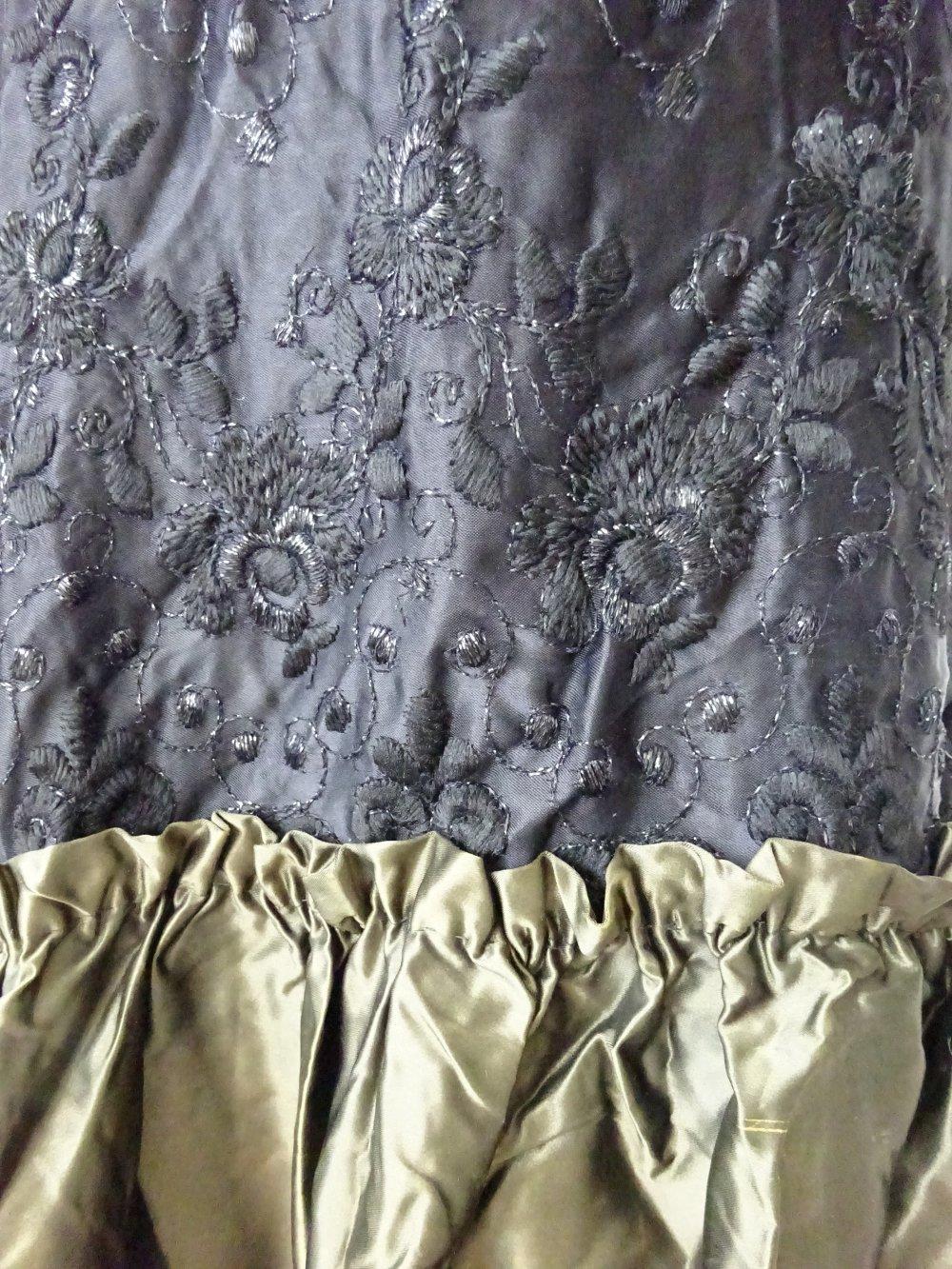 Extravagantes ORIGINAL 11er Jahre Abendkleid