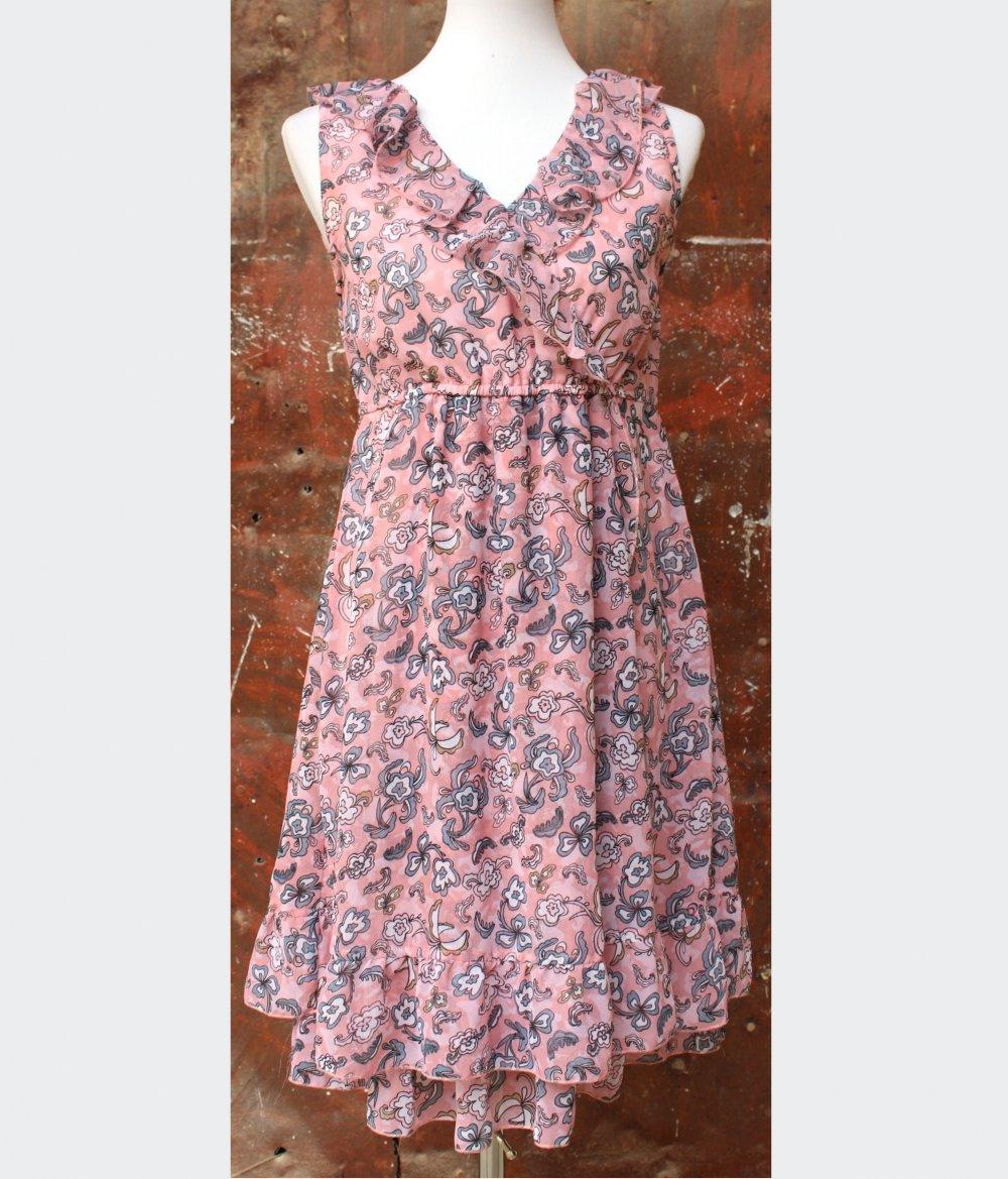 Kleid mit blumenmuster rosa