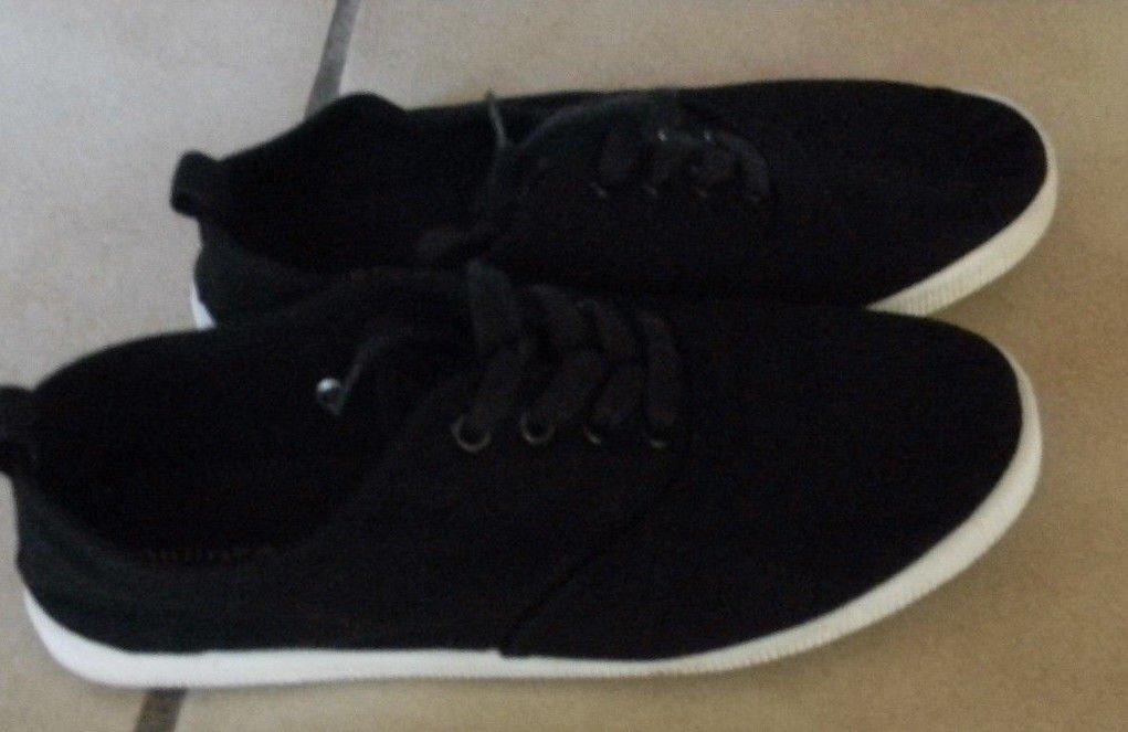 H&M Schuhe schwarz mit weiße Sohle , Stoffschuhe, Halbschuhe, Ballerinas gr. 37
