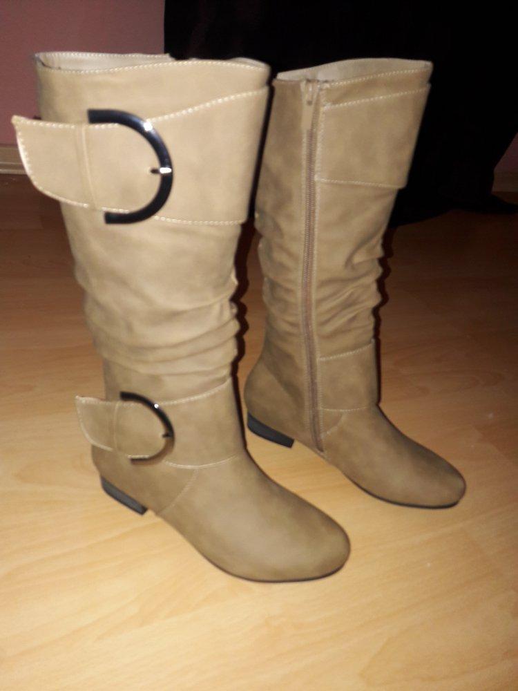 Neue Stiefel Größe 37