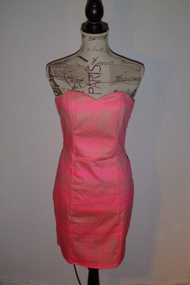 pinkes Cocktailkleid Gr. 36 S    Kleiderkorb.de 486e2a4f78