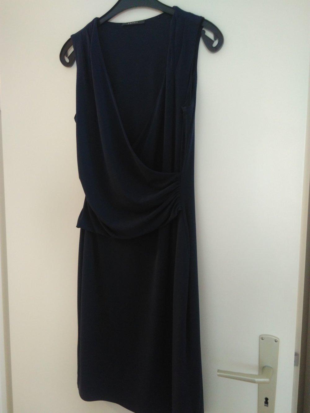 23ef40394d5f Schickes Kleid von Esprit    Kleiderkorb.de