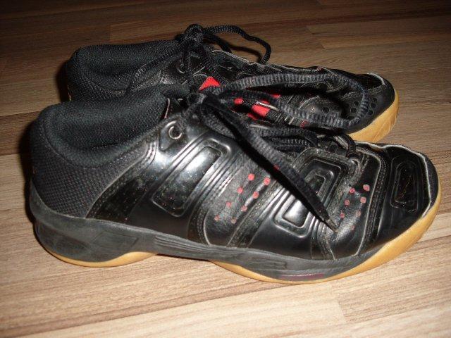 adidas adiTuff TM Gr.36 Hallensportschuhe