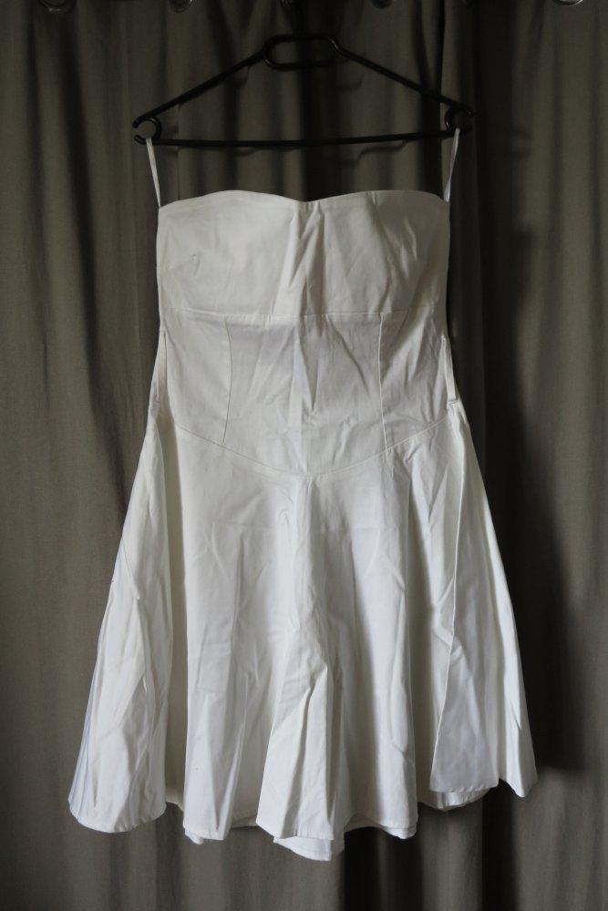 Orsay - Trägerloses weisses Kleid :: Kleiderkorb.de