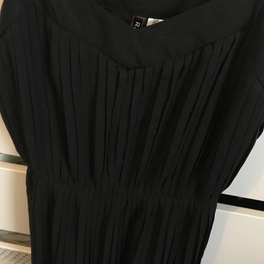 Schwarzes Rainbow Kleid Zum Ausgehen Grosse 36 Kleiderkorb De