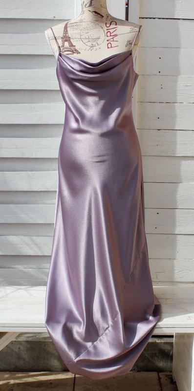 Wunderschönes Abendkleid Flieder schimmernd Gr. 40