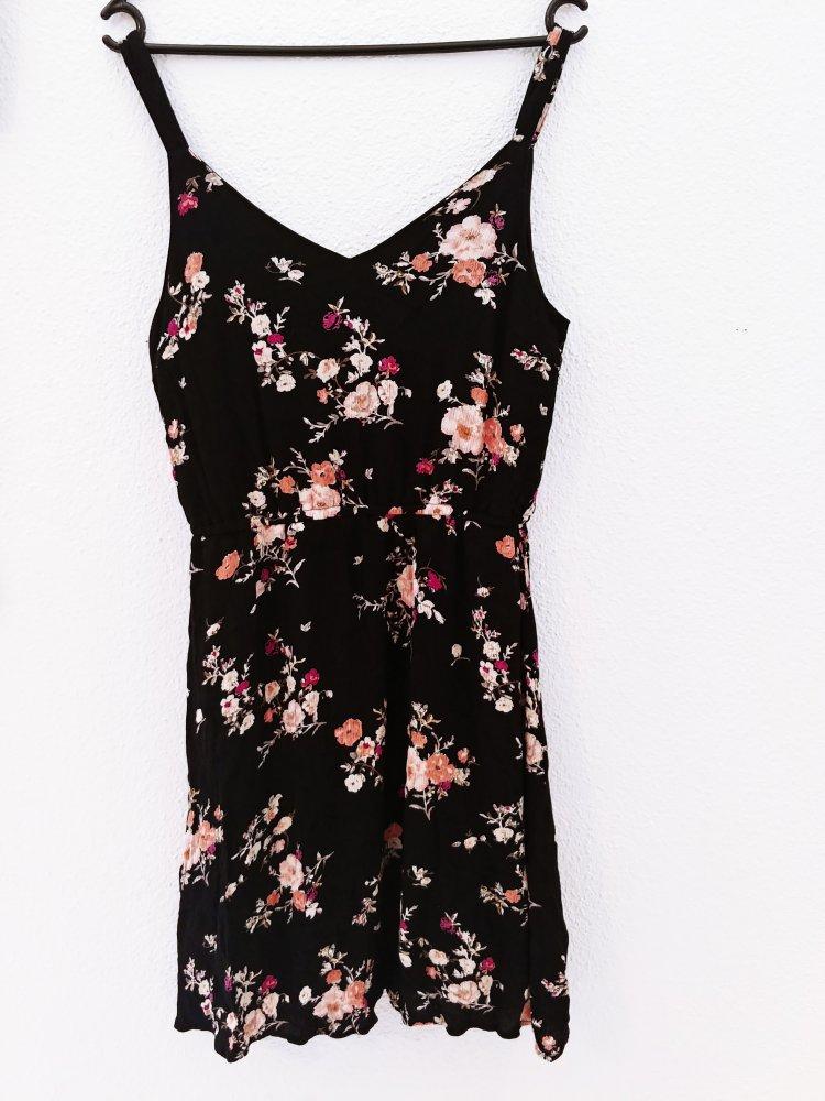 d5ad2d76e34cb1 Kleid von ONLY :: Kleiderkorb.de