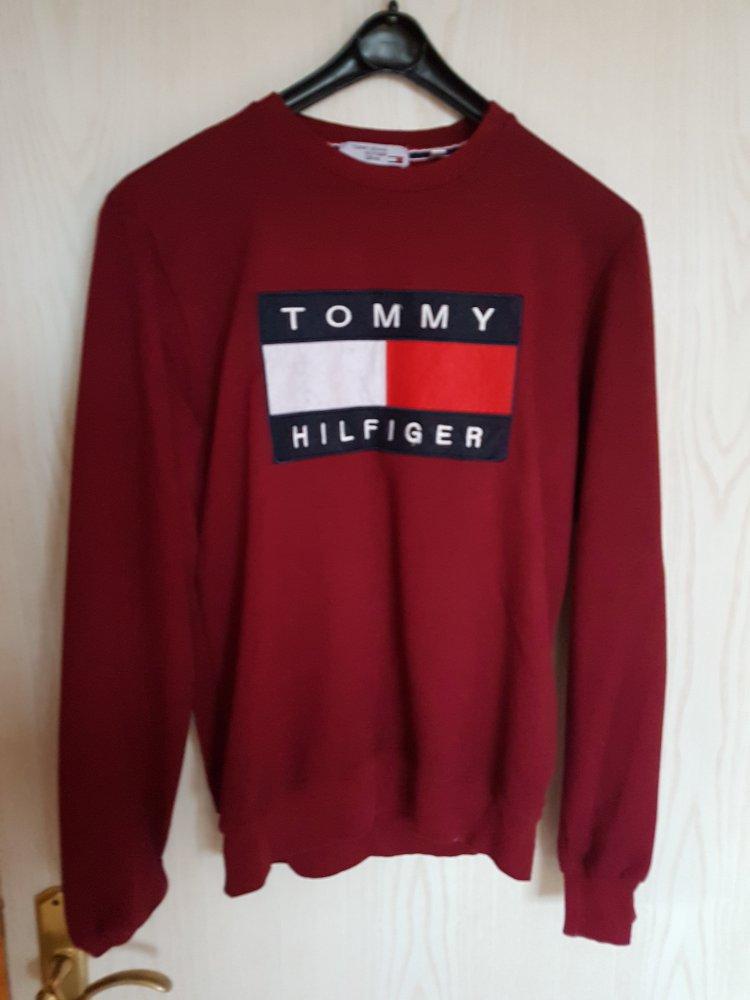 newest 761e4 6676b Tommy Hilfiger sweatshirt