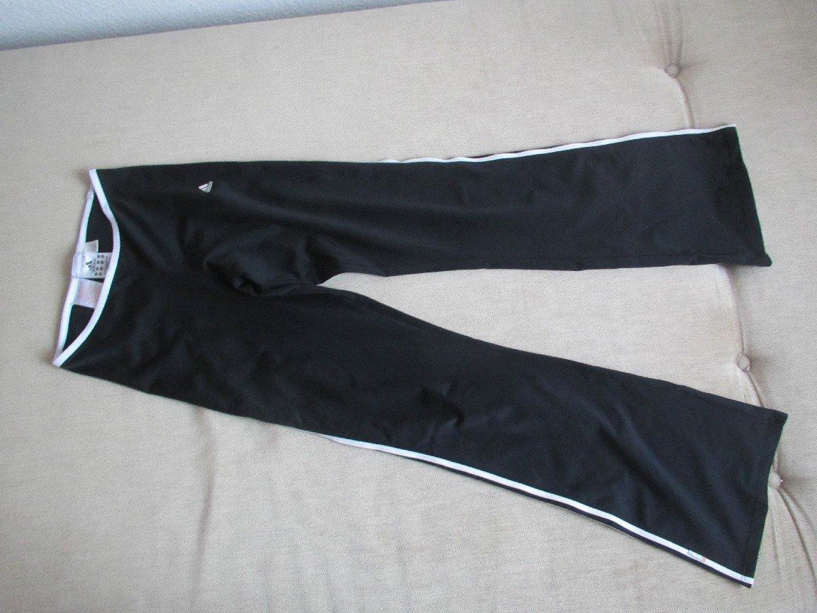huge discount many styles exquisite design Sporthose Jogginghose Trainingshose Leggings Gr. 152 in schwarz weiß von  adidas