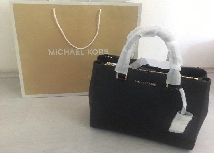 45eb718b81222 Originale Michael Kors Tasche in schwarz    Kleiderkorb.de