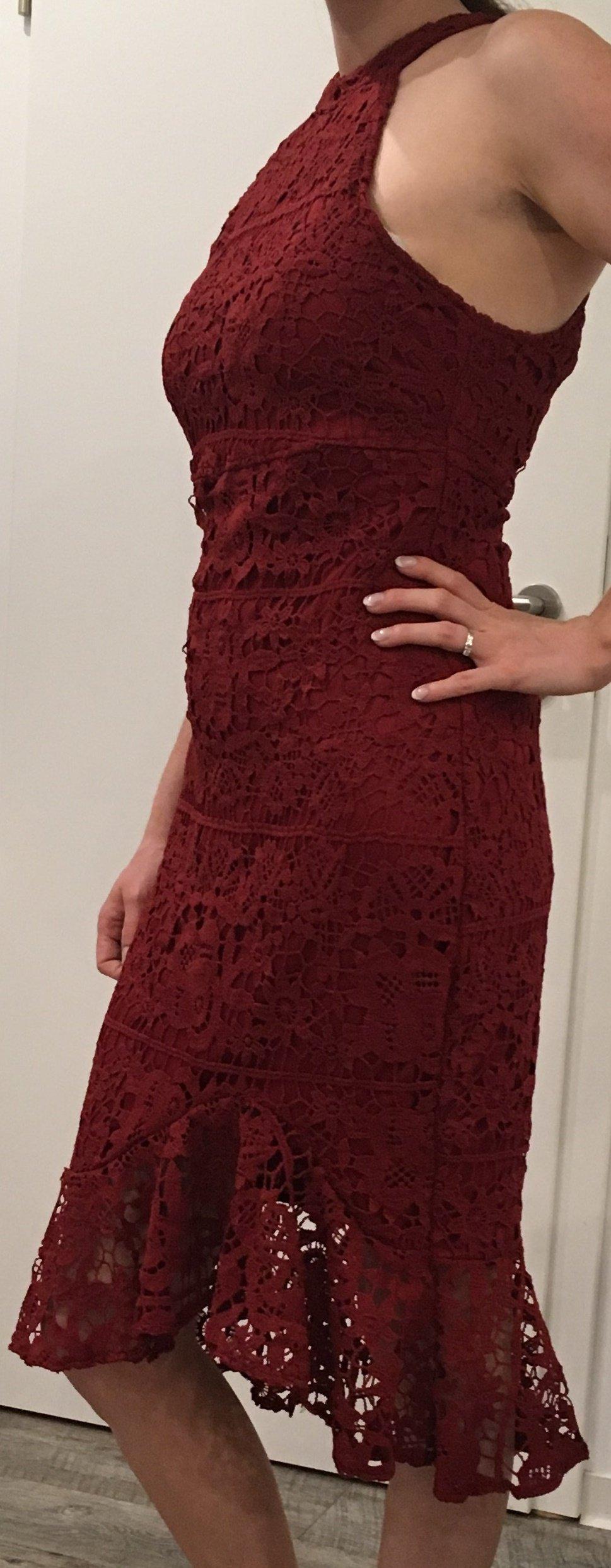 Z One - Rotes Kleid im Mermaid Stil mit Spitze, Rüsche, Cocktail ...