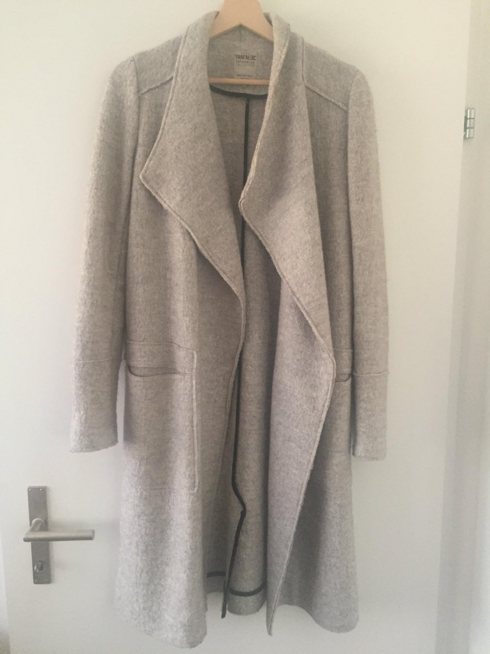 Grauer Mantel Wollmantel Zara