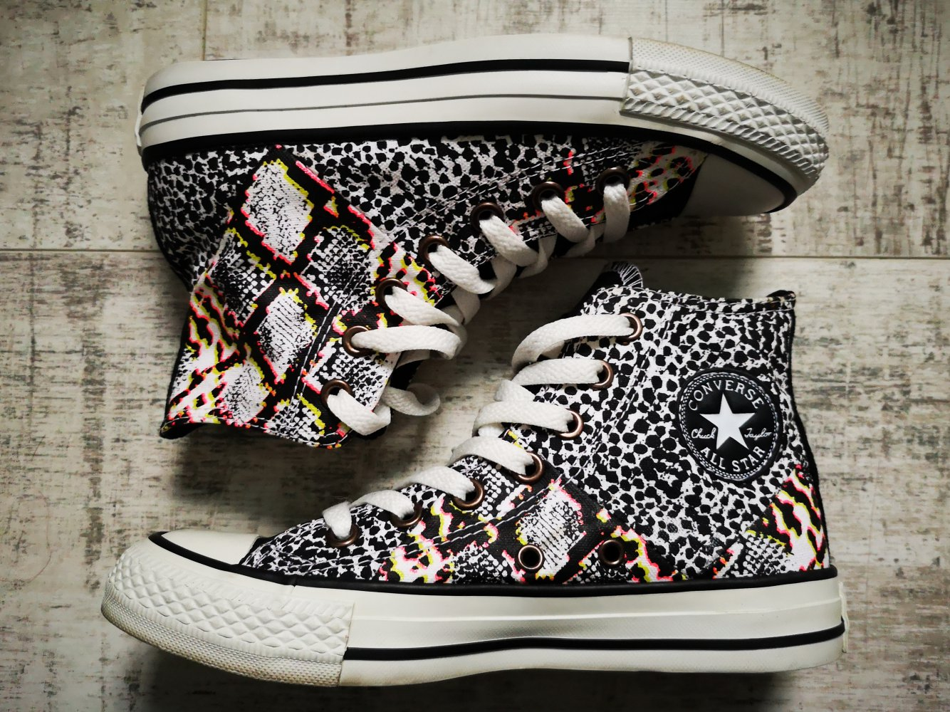 converse sneaker 36