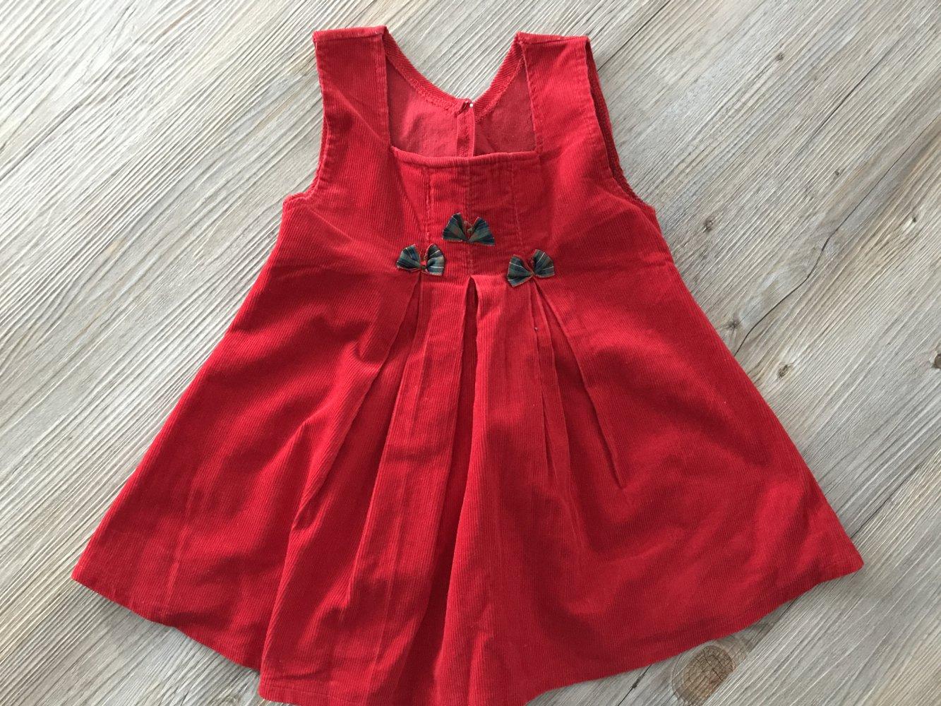 Schönes rotes Kleid für festlichen Anlass in Gr. 20
