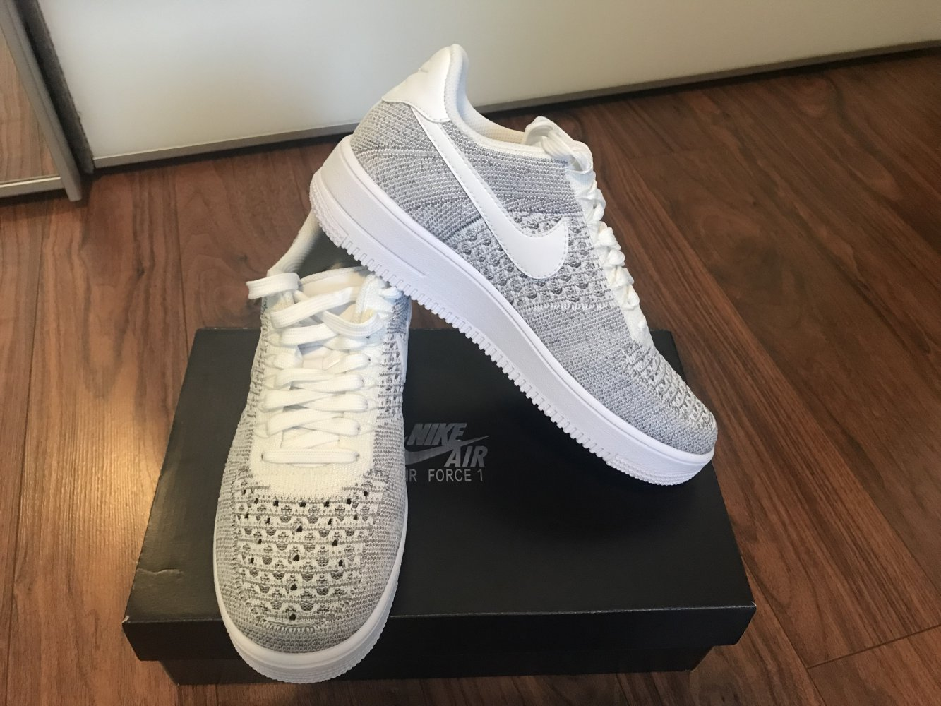 Kaufen Nike Air Force 1 Schuhe und brandneue, ungetragene